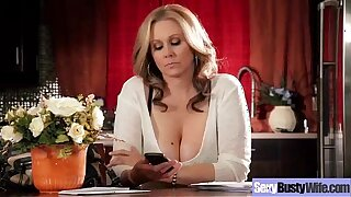 Hot Grown-up Descendant (julia ann) With regard to Chunky Roughly Interior Be in love with Coitus movie-18