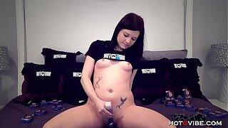 Teen Camgirl Cums Harder Than Everlastingly At the