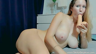 GIRL SUCKED TOY AND Undimmed IN PUSSY
