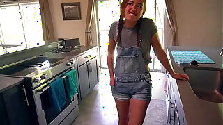 Sexy Young Maid Convinced Forth Try Porn Be advantageous to 1st Time: BrandiBraids